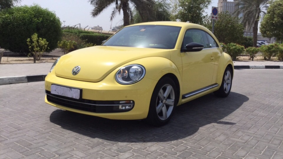 Used Volkswagen Beetle 2015 for sale in Dubai