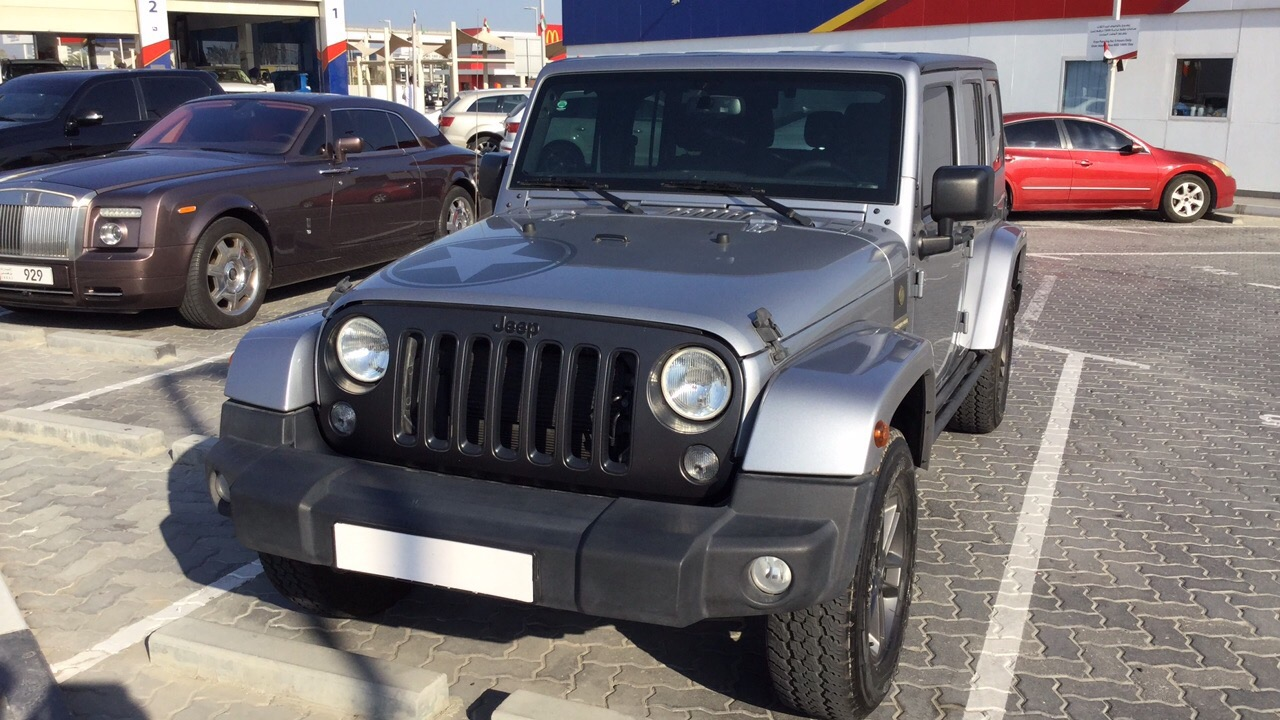 Used Jeep Wrangler Unlimited 2018 for sale in Dubai