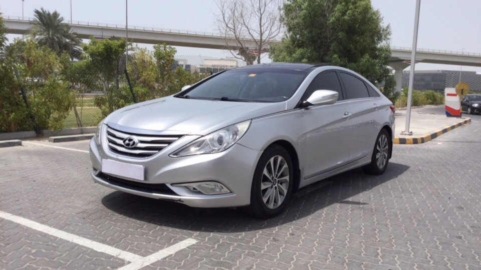 Used Hyundai Sonata 2013 for sale in Dubai
