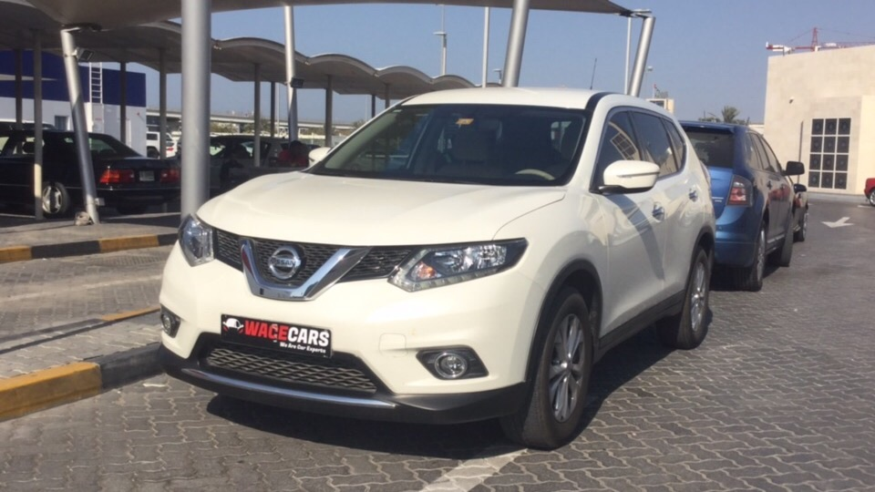 Used Nissan X-Trail 2017 for sale in Dubai