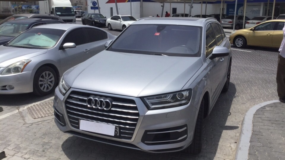 Used Audi Q7 2016 for sale in Dubai