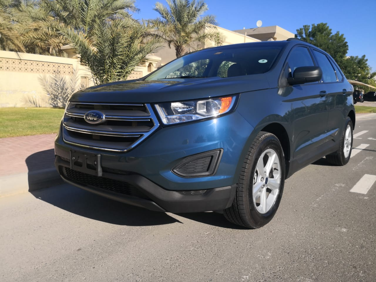 Used Ford Edge 2016 for sale in Dubai
