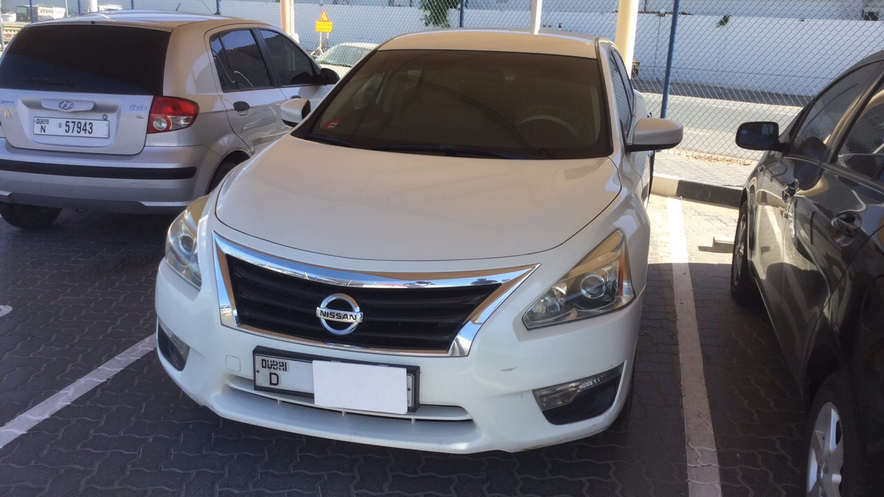 Used Nissan Altima 2015 for sale in Dubai