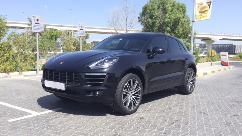 Used Porsche Macan 2018 for sale in Dubai
