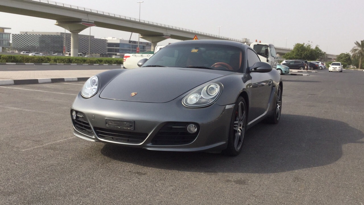 Used Porsche Cayman 2009 for sale in Dubai
