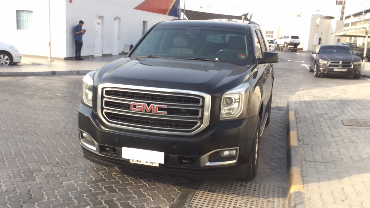 Used GMC Yukon SLE/SLT 2016 For Sale In Dubai