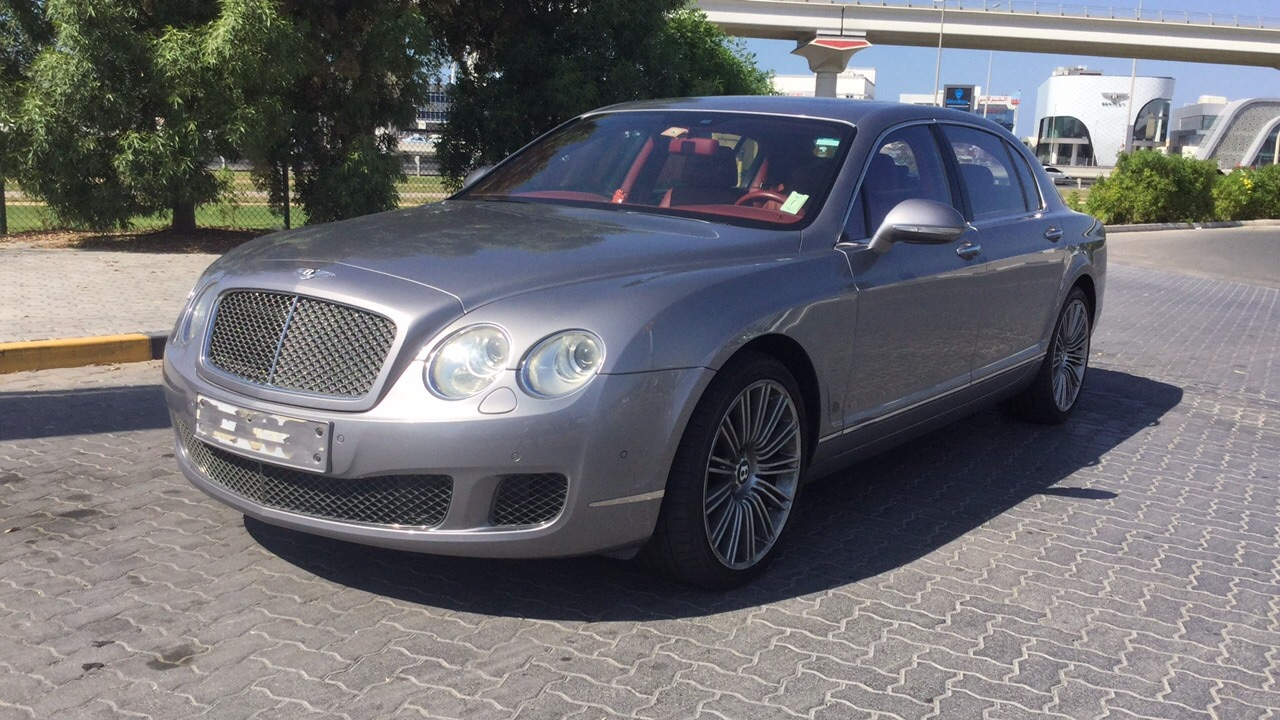 Used Bentley Continental 2010 for sale in Dubai