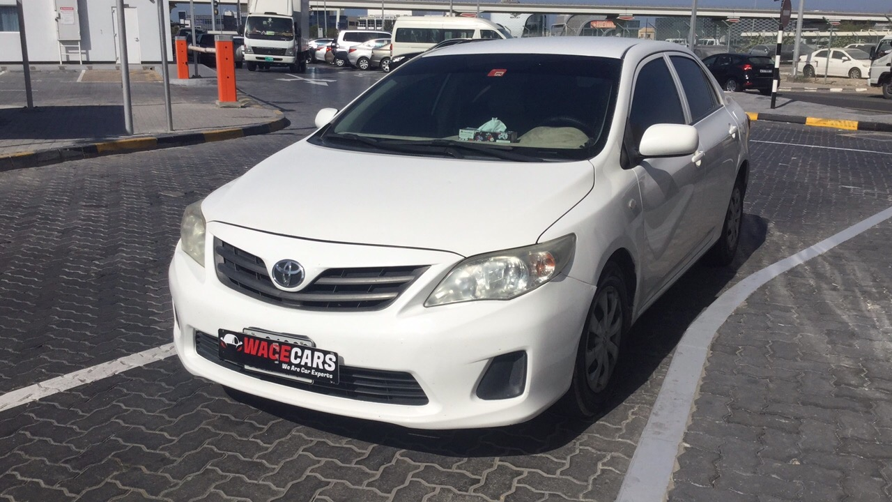 Used Toyota Corolla 2013 for sale in Dubai