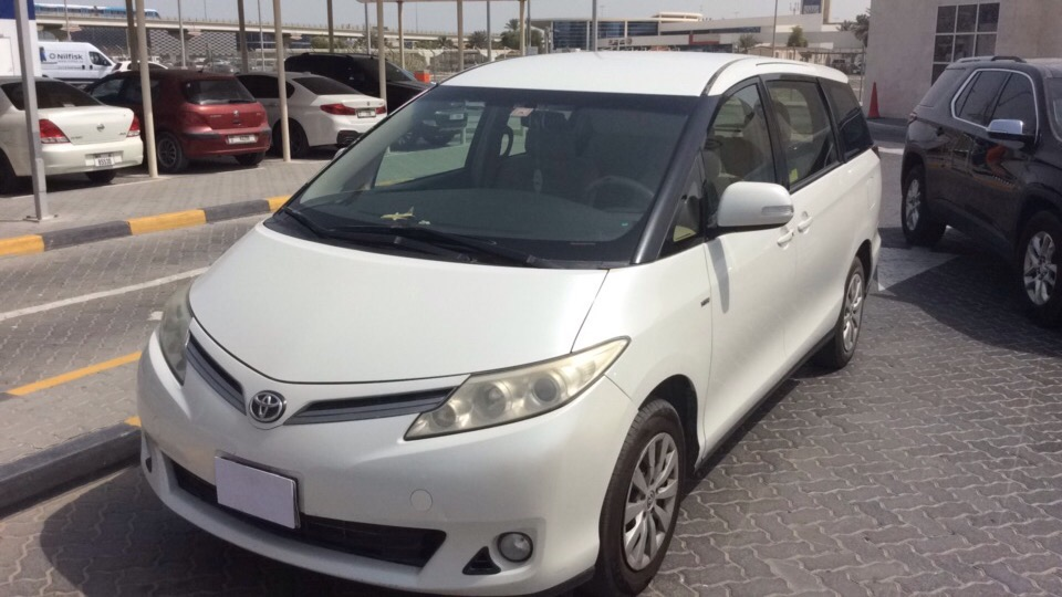 Used Toyota Previa 2.4L 2013 For Sale In Dubai