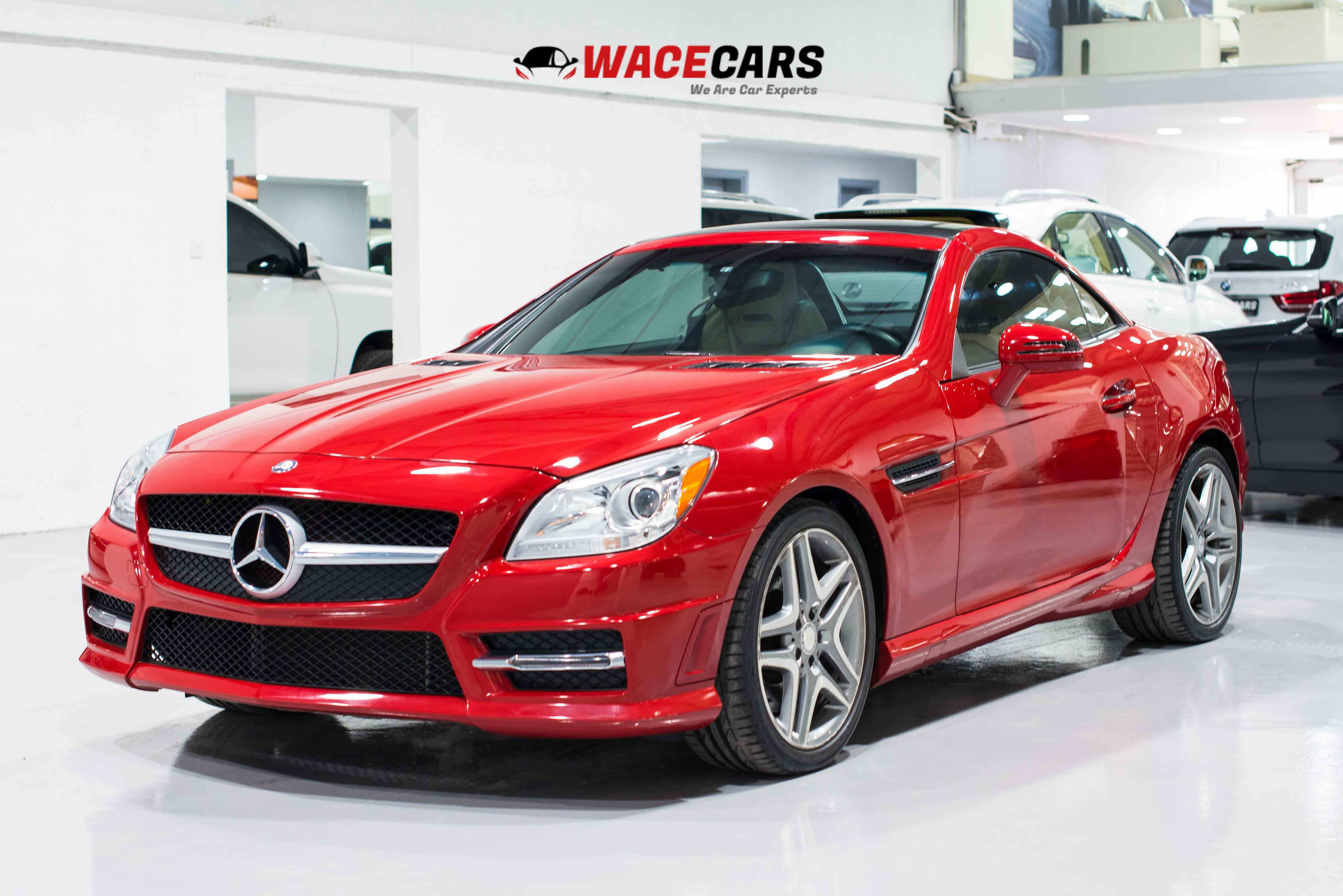 Used Mercedes-Benz SLK 2015 for sale in Dubai
