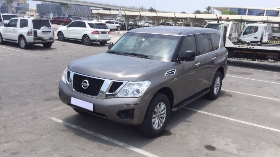 Used Nissan Patrol 2014 for sale in Dubai