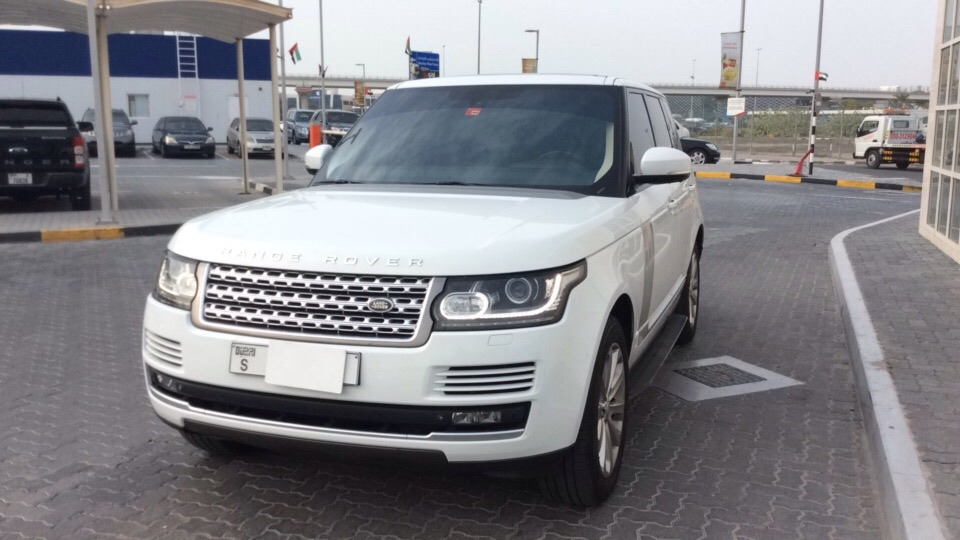 Used Land Rover Range Rover 2014 for sale in Dubai