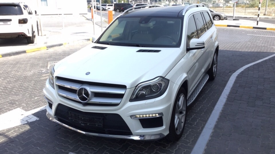 Used Mercedes-Benz GL 2014 for sale in Dubai